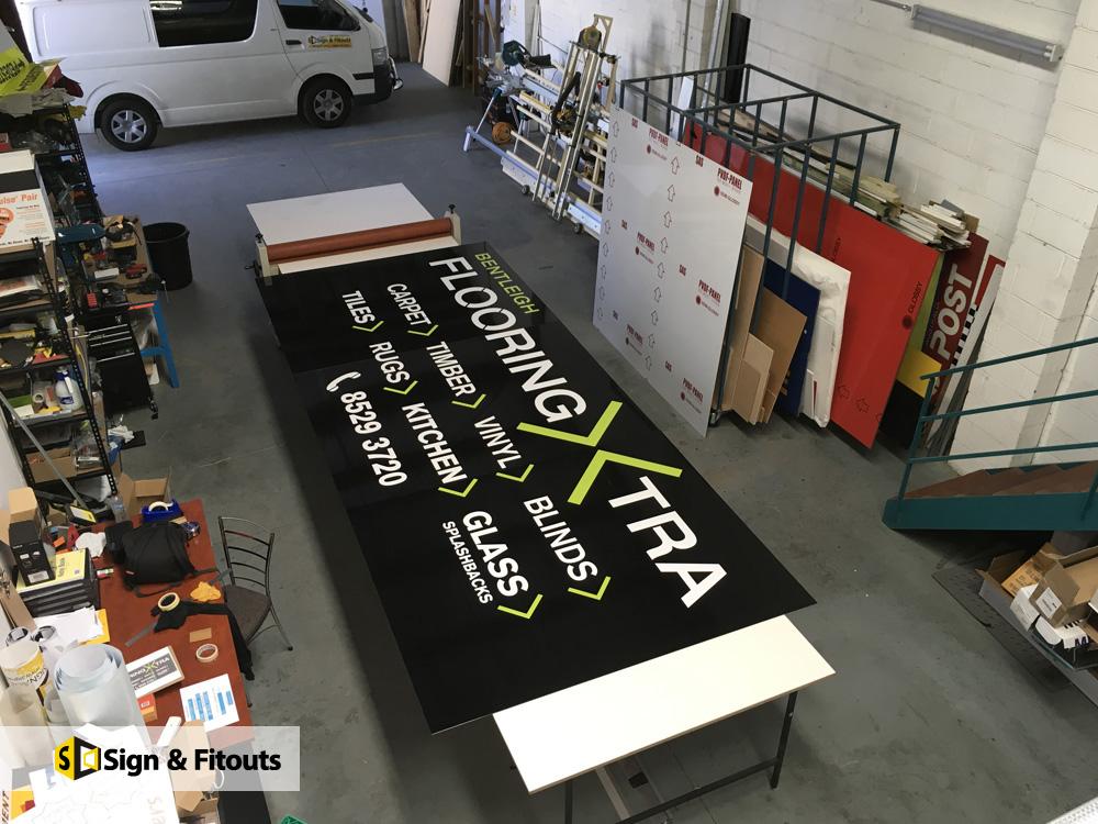 Banner Floor XTRA